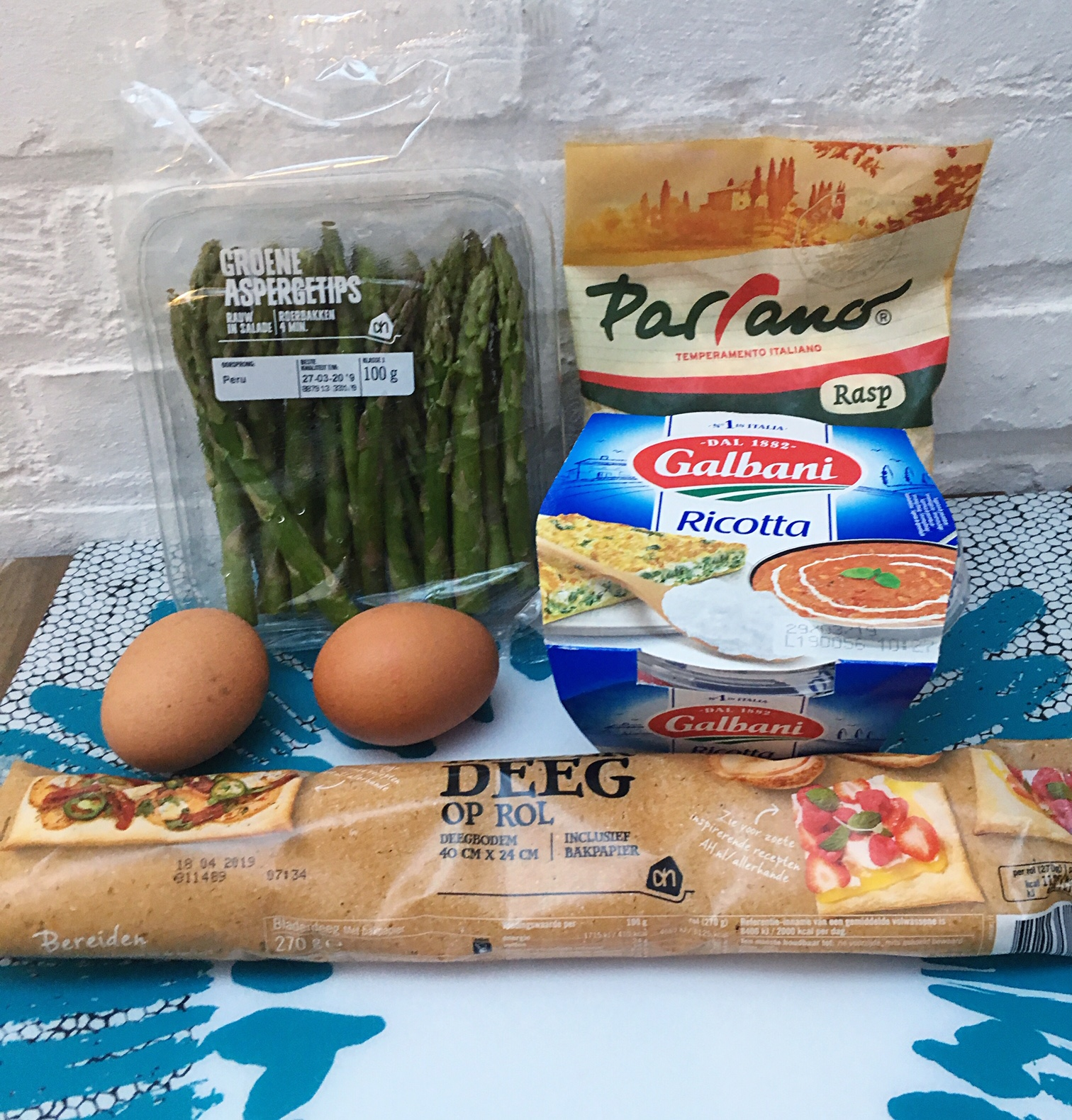 asparagus pizza ingredients